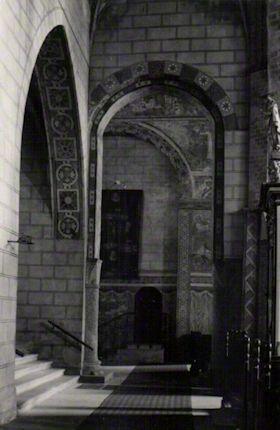 Blick im nördlichen Seitenschiff nach Osten